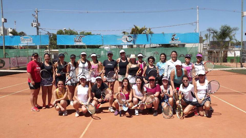 cafe com tenis-ace action2014.jpg